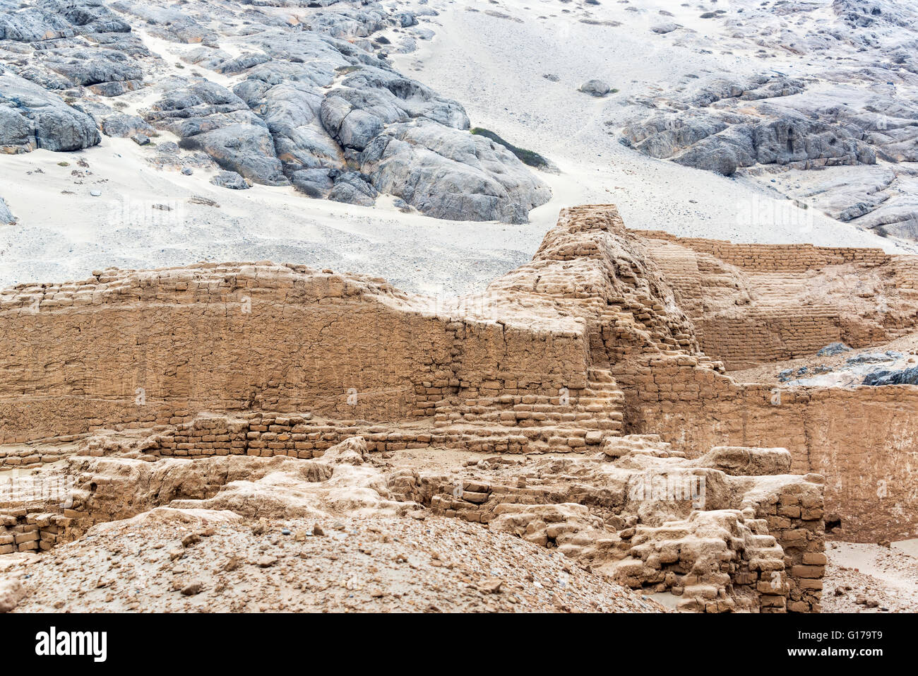 Ruins of the ancient Huaca de la Luna in Trujillo, Peru - Stock Image