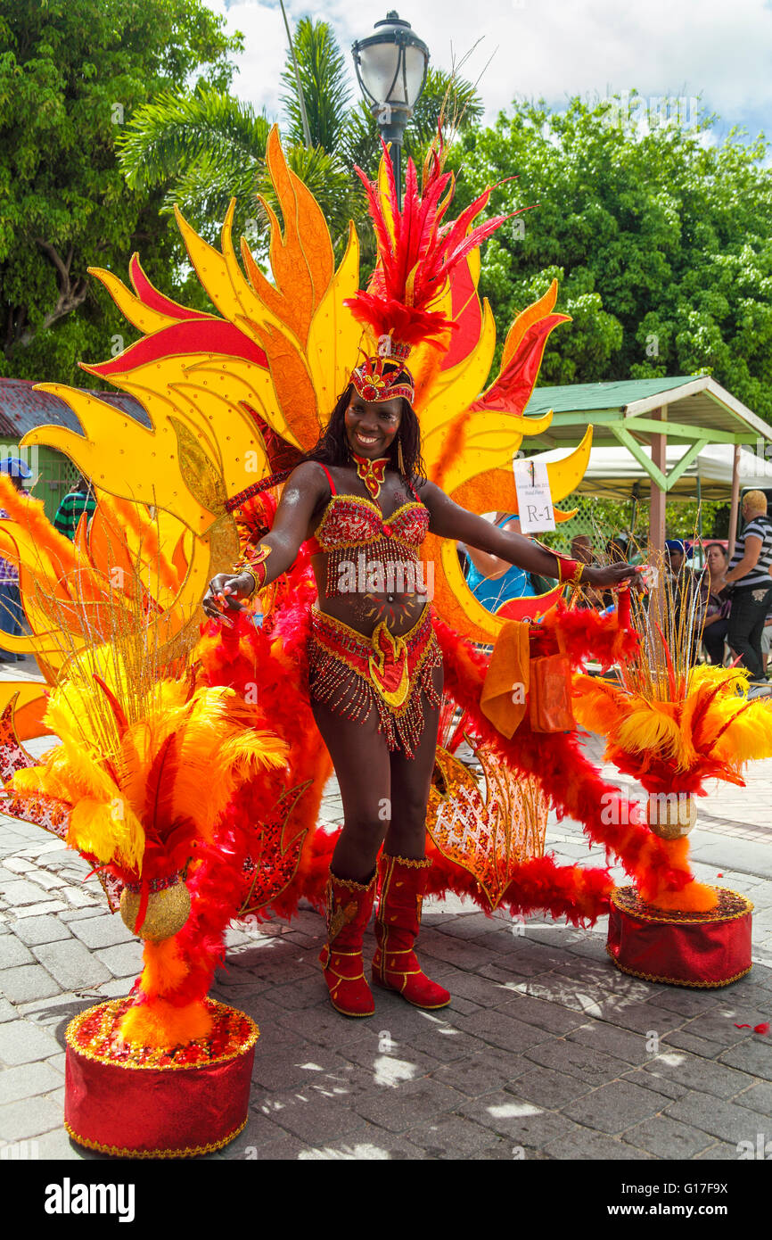 Woman participates in the senior parade during St. Maarten's  2011 Carnival in Philipsburg - Stock Image