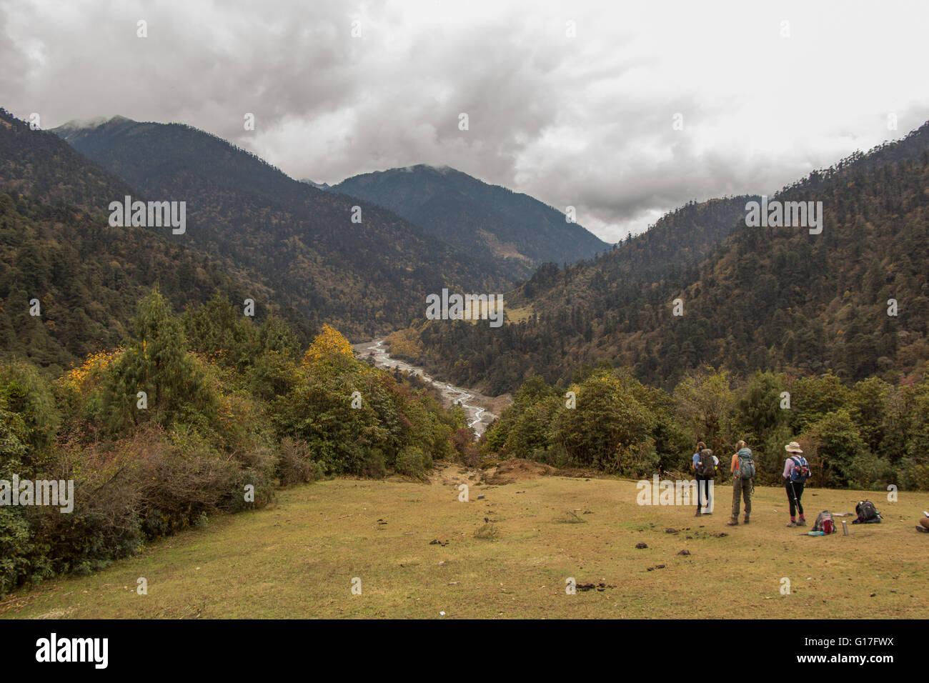 Hikers on the Merak-Sakteng trek in eastern Bhutan - Stock Image
