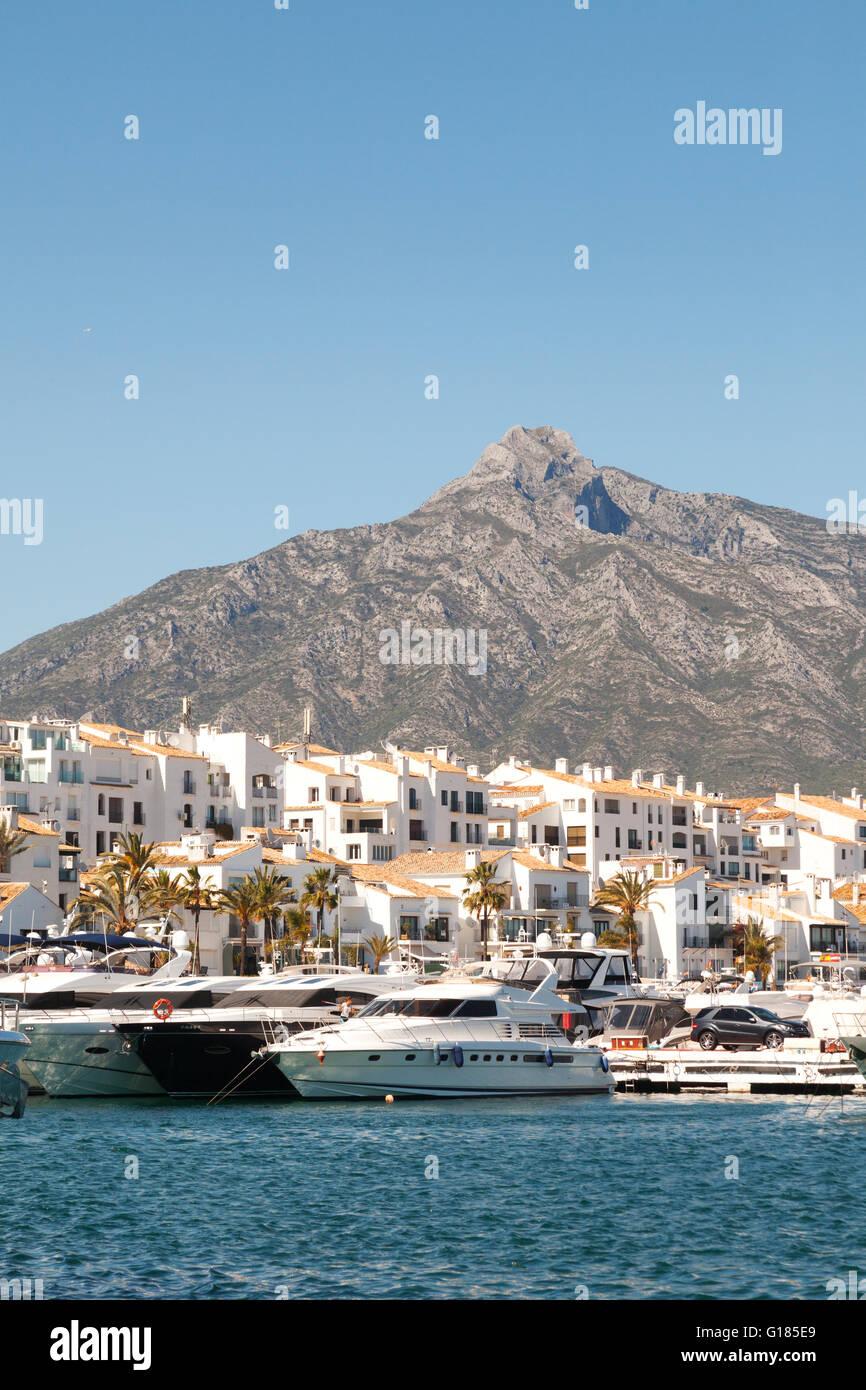 Marbella spain mountains stock photos marbella spain for Puerto banus costa del sol