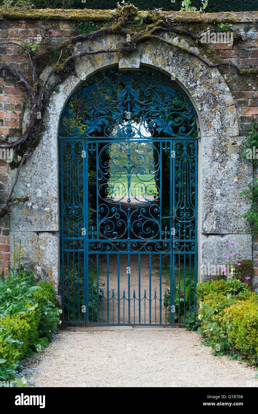 Garden Gate Arch Stock Photos & Garden Gate Arch Stock