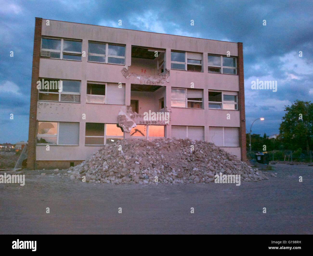 Abriss an der Baustelle fuer die 'Europacity', Berlin. - Stock Image