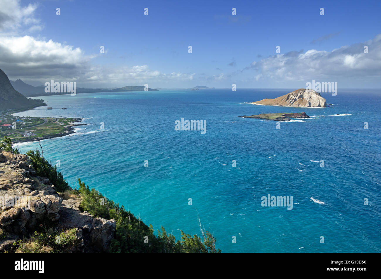 view of the windy shore of Oahu from Makapuu point - Stock Image