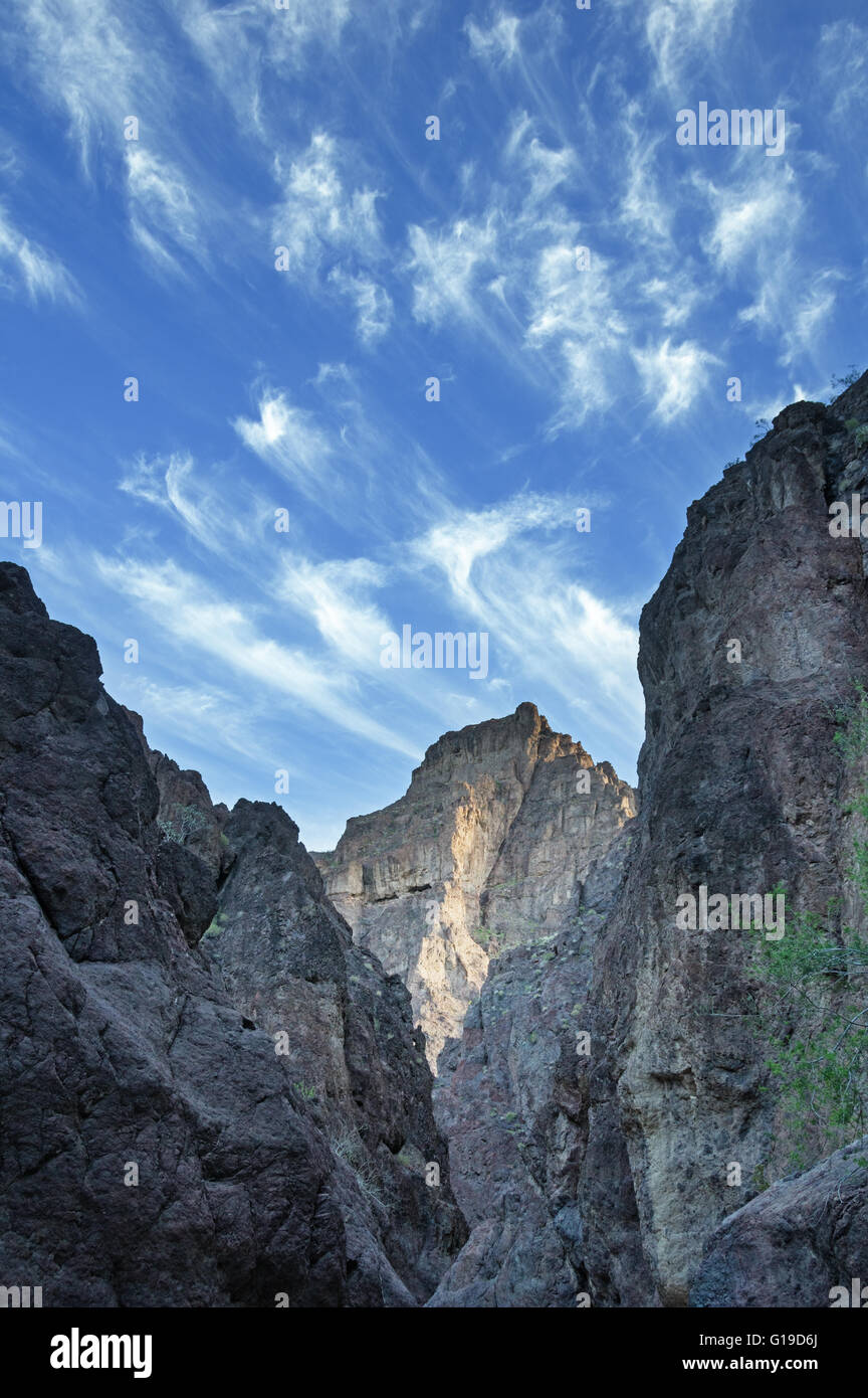 blue sky with wispy clouds over White Rock Canyon in Arizona - Stock Image
