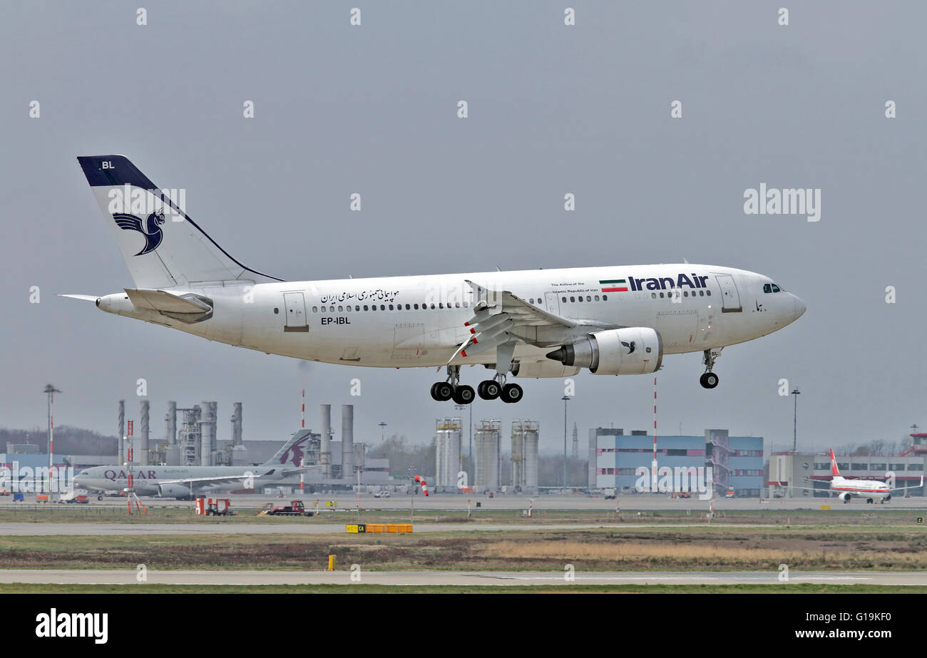 Ibl stock photos ibl stock images alamy - Iran air office in london ...