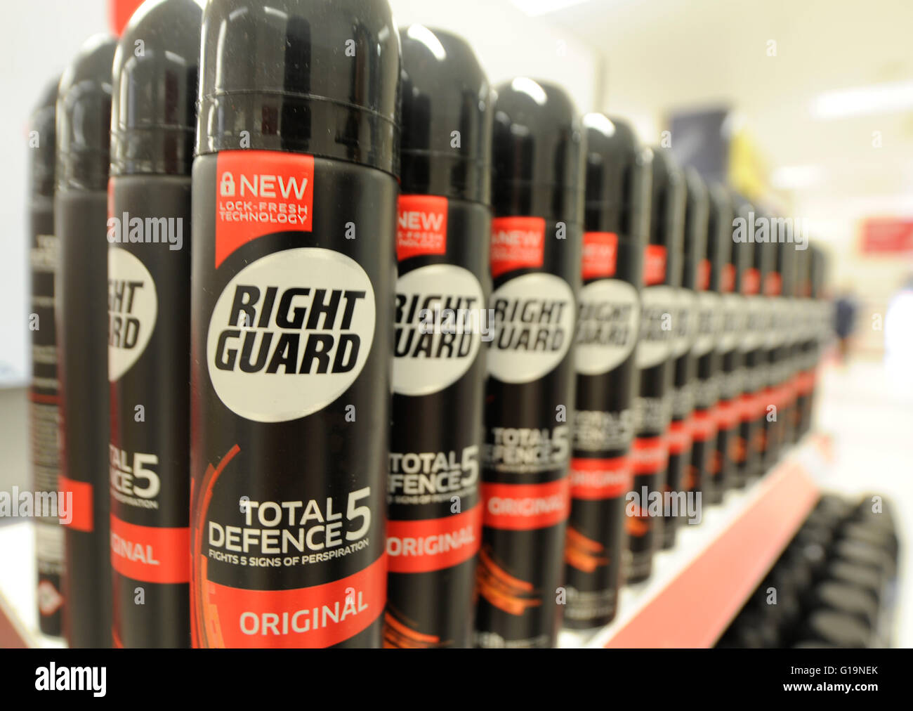 Right Guard lined up in Boots pharmacy - Stock Image