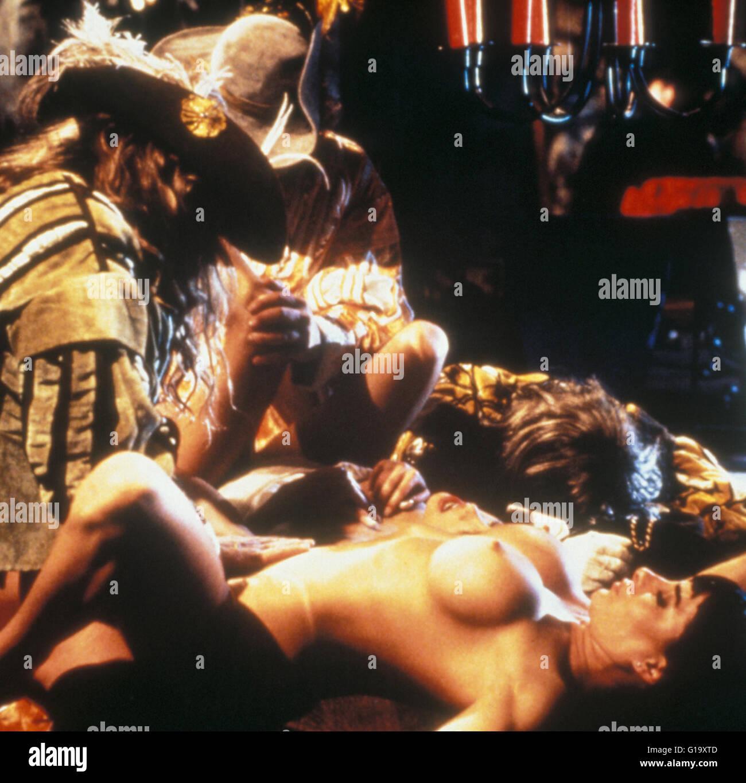 фильм порно мушкетеры начинается