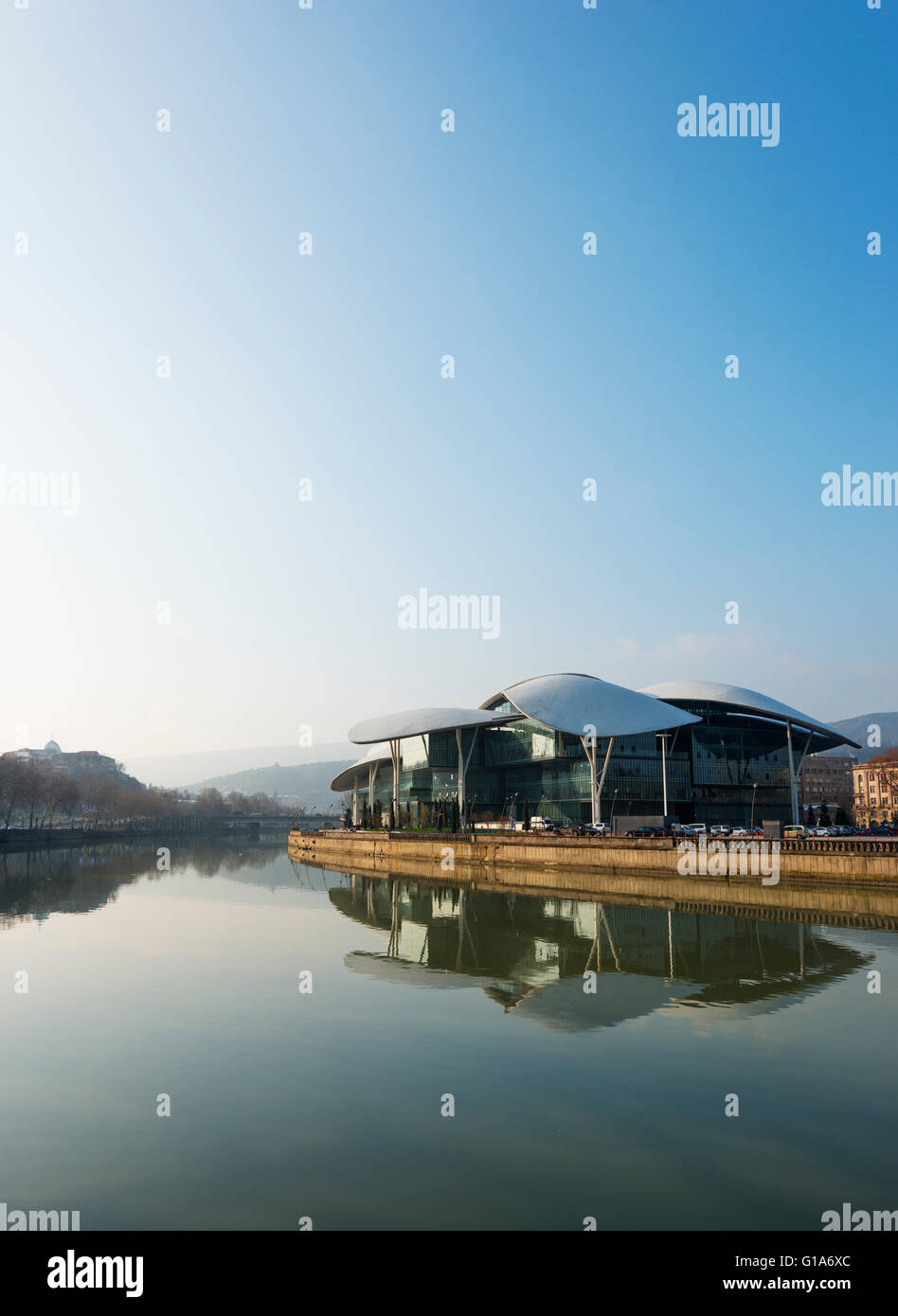 Eurasia, Caucasus region, Georgia, Tbilisi, Public Service Hall, House of Justice on Mtkvari river - Stock Image