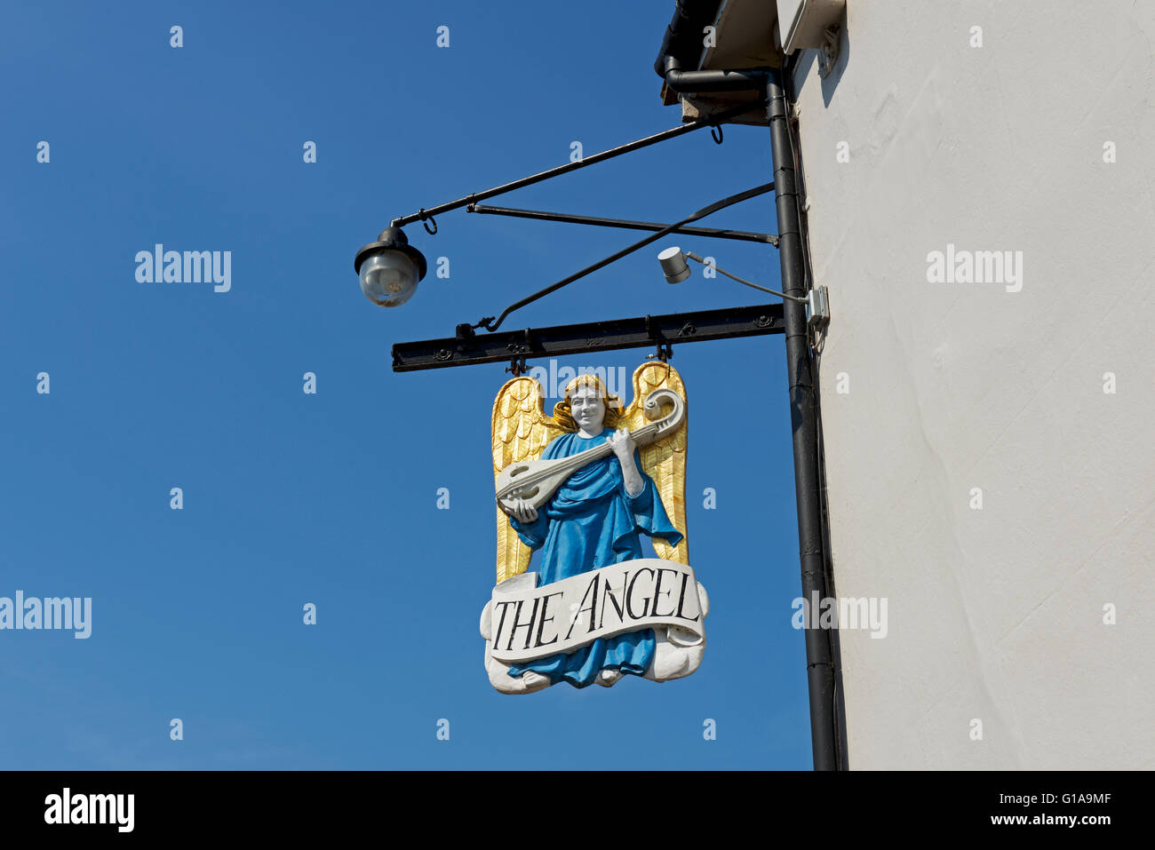 Pub sign of the Angel Hotel in the village of Lavenham, Suffolk, England UK - Stock Image