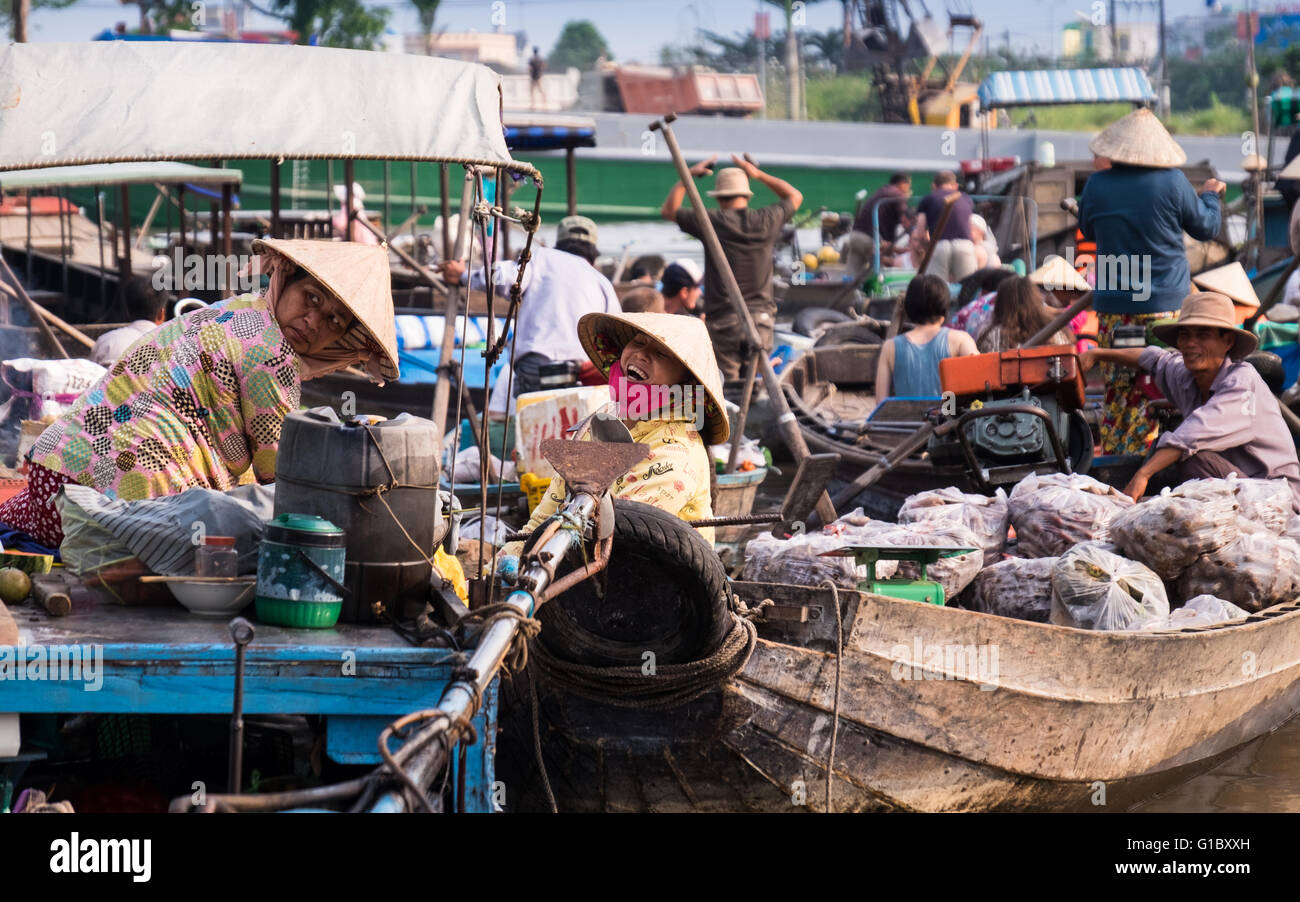 Morning activity at Phong Dien Floating Market on the Can Tho River in the Mekong Delta region of Vietnam Stock Photo