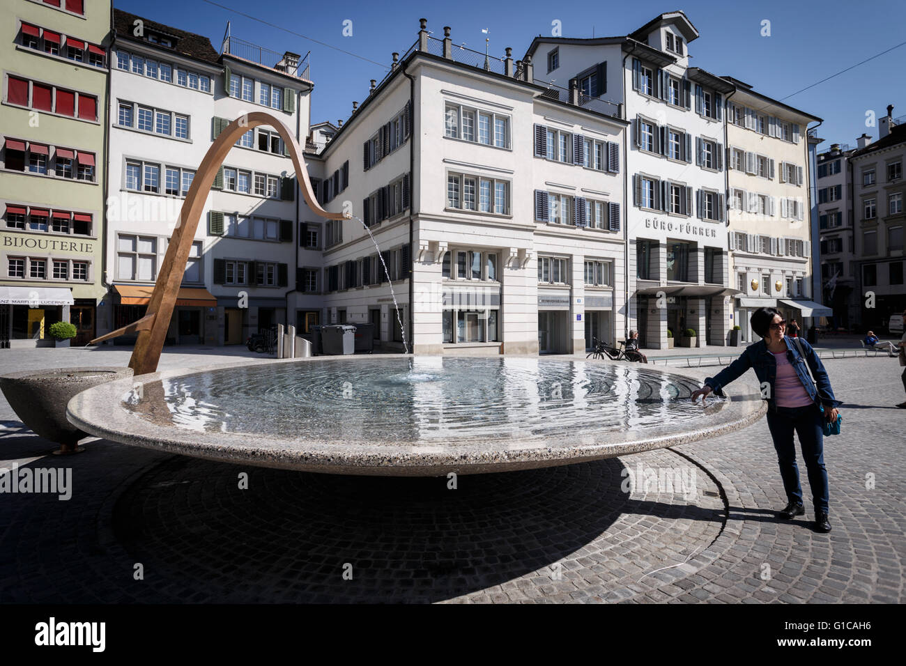 The fountain at Münsterhof, Zurich, Switzerland. - Stock Image