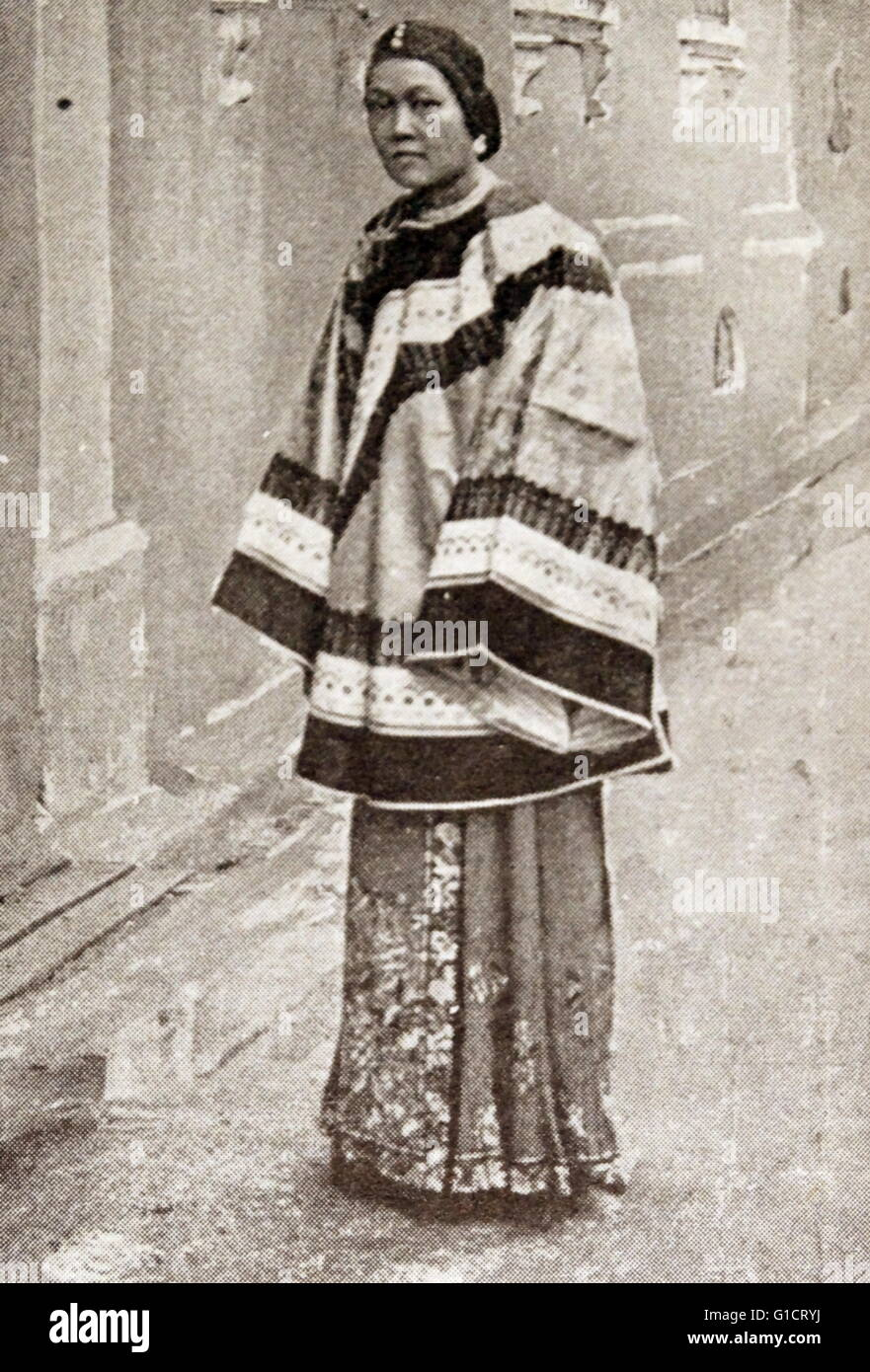 Photographic print of a Canton Lady in Street Costume - Stock Image