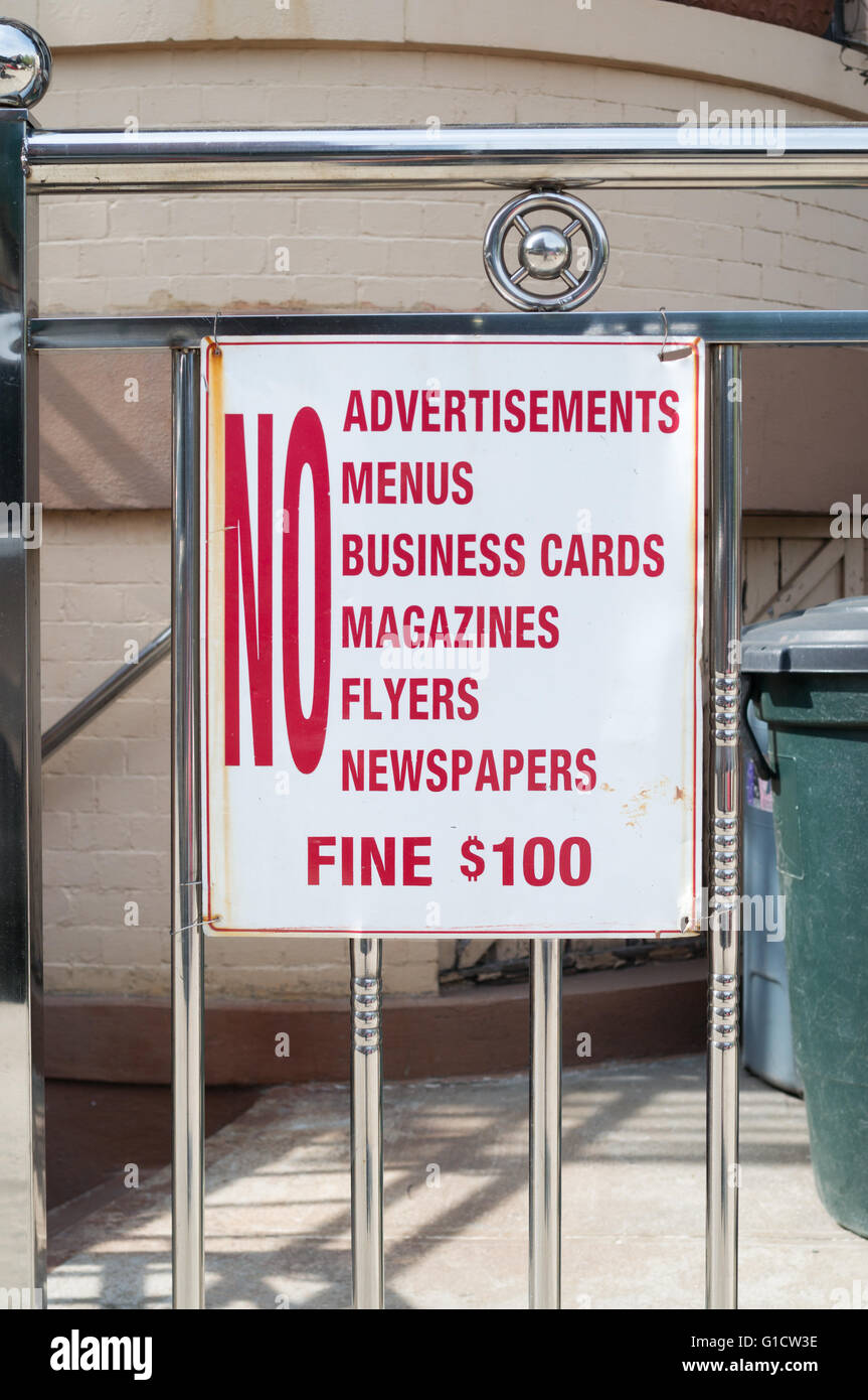 Sign No junk mail, Brooklyn, New York, USA - Stock Image