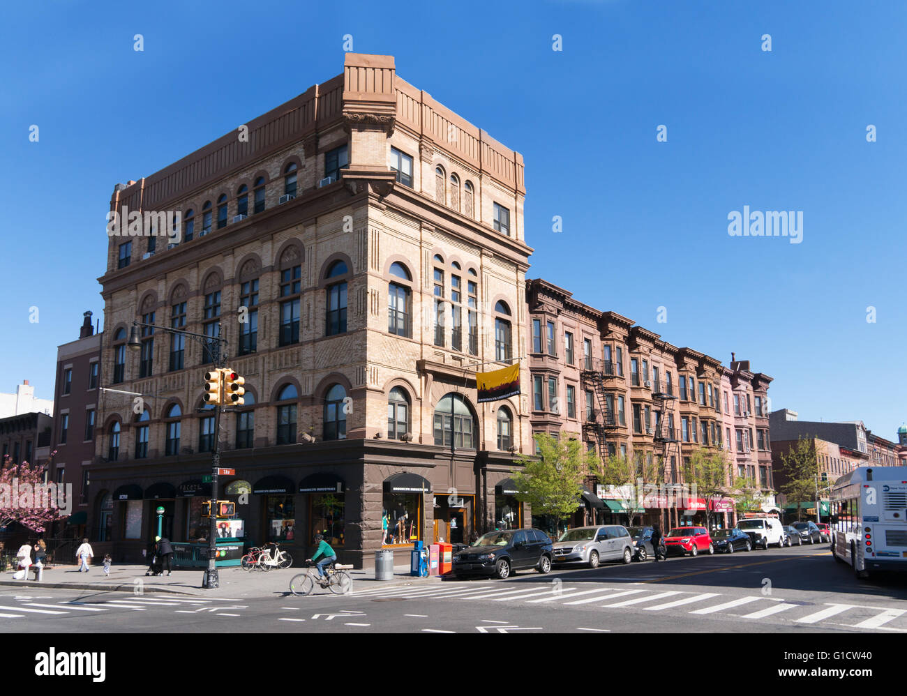 328 7th Avenue corner 9th Street Brooklyn Industries building, New York, USA - Stock Image