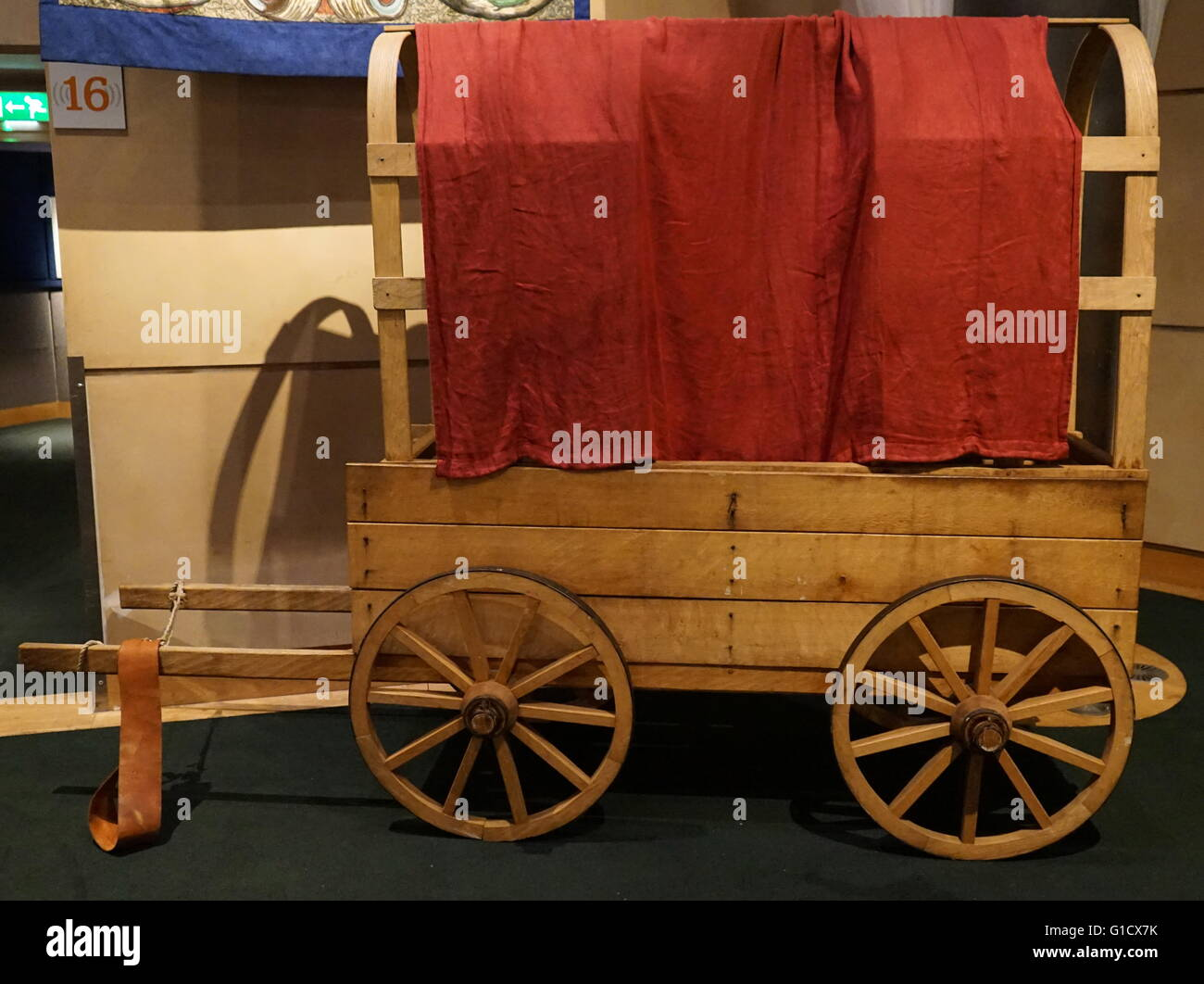 Reconstructed wagon from the Tudor period. Dated 16th Century - Stock Image