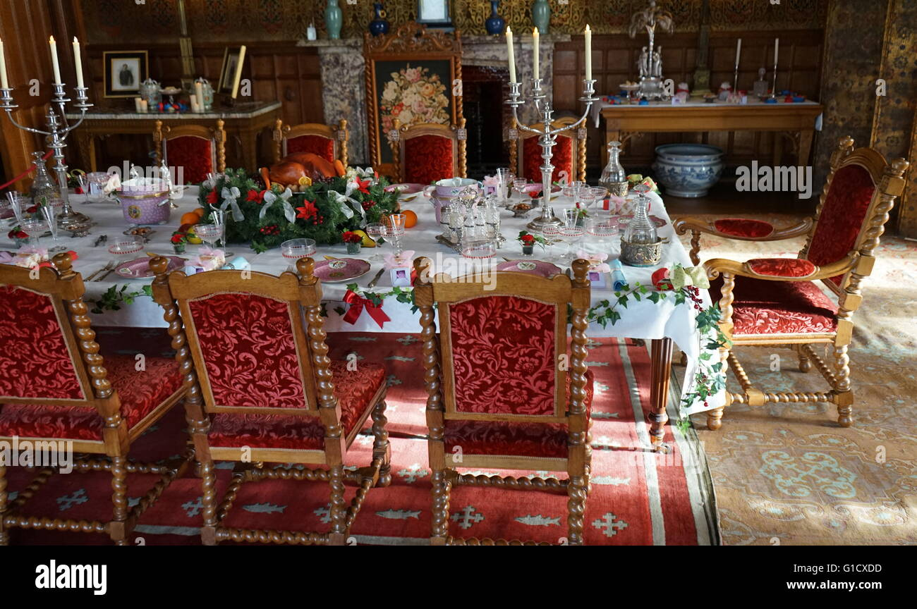 Jacobean period dining room. Dated 16th Century Stock Photo