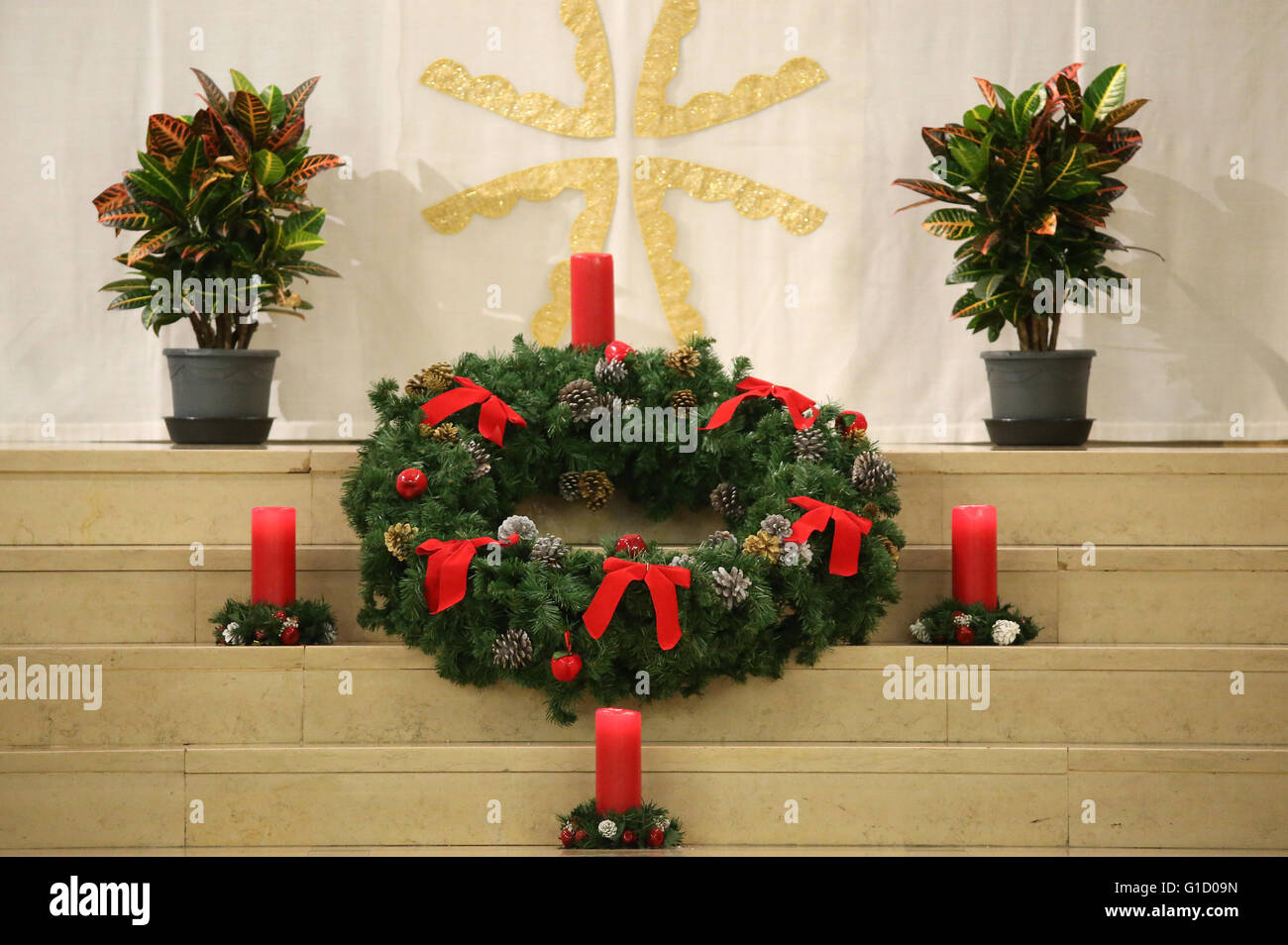 The Basilica of the Visitation.  Advent wreath.  Annecy. France. - Stock Image