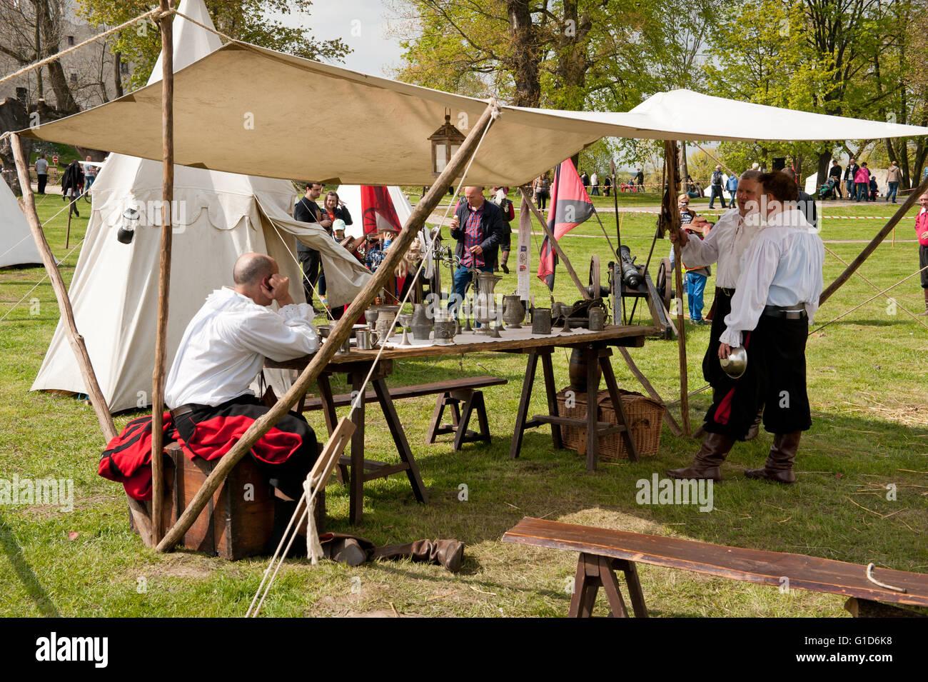 Swedes invasion reenactment picnic in Janowiec Castle, Swedish assault improvisation event at Majowka z Kmicicem - Stock Image