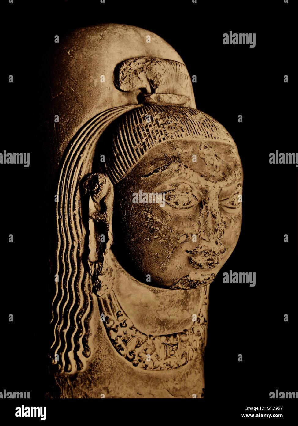 Ekamukha linga of Lord Shiva at Udayagiri; India, 4th century A.D. - Stock Image