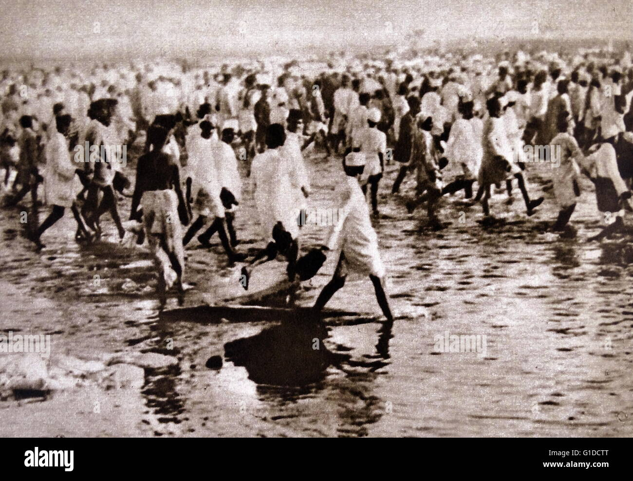 Photographic print of Indian National congress Salt March. Dated 20th Century - Stock Image
