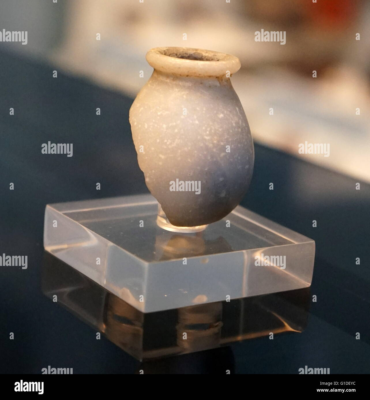 Fragment of an anhydrite vessel from the Middle Kingdom, Buhen. Dated 1900 BC Stock Photo
