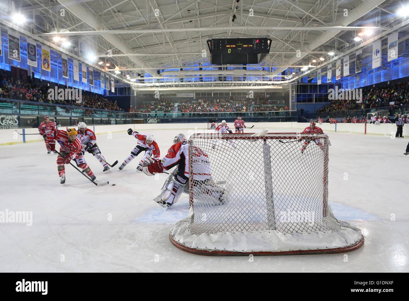 Ice Hockey match.  Mont-Blanc vs La Roche-sur-Yon.  Saint-Gervais-les-Bains. France. - Stock Image