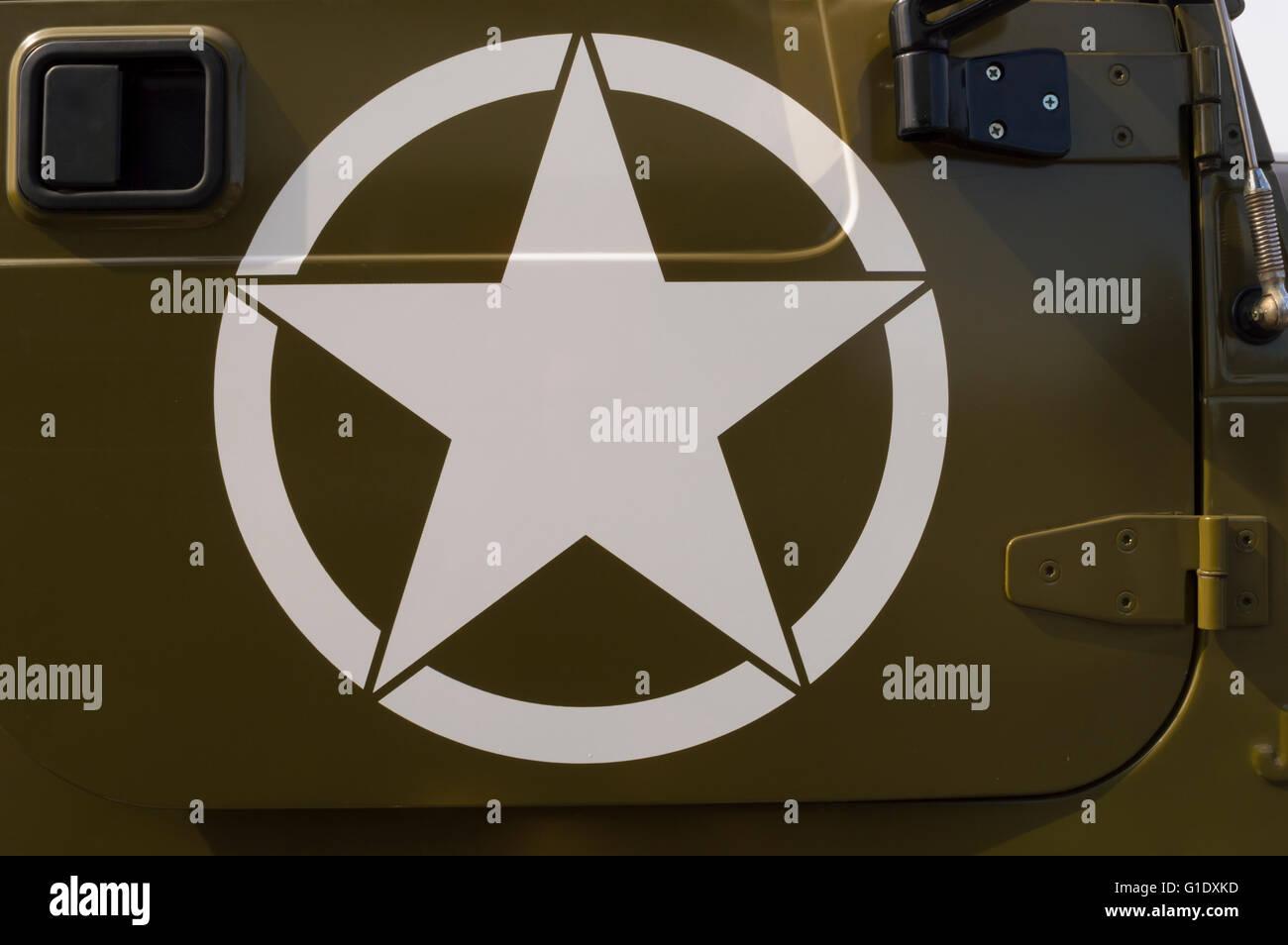 Us Army Symbol On A Staff Car Stock Photo 104183169 Alamy