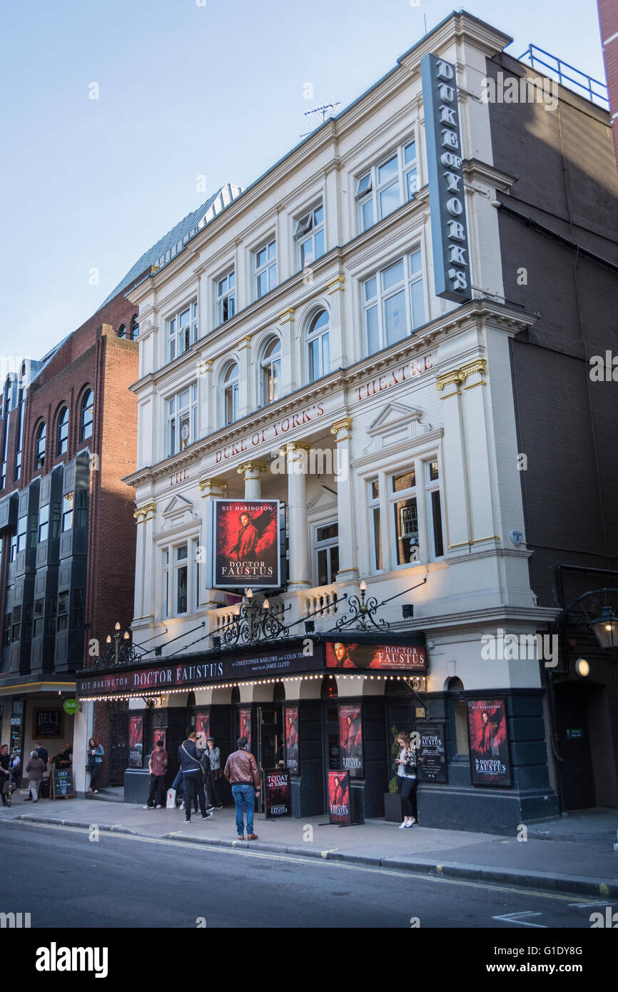 Doctor Faustus, Duke Of York's Theatre, London West End - Stock Image