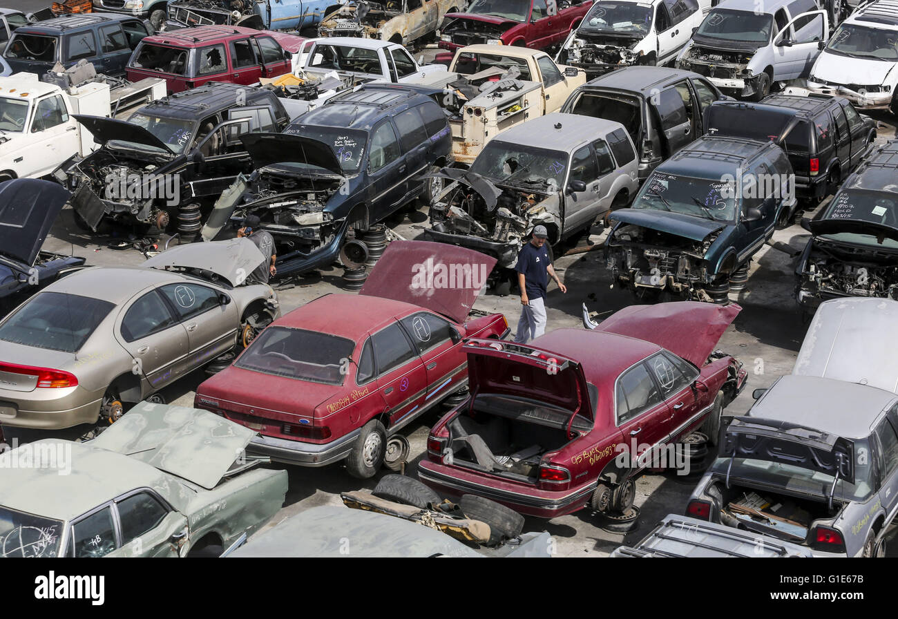 Los Angeles, California, USA. 26th Apr, 2016. The piles of old cars ...