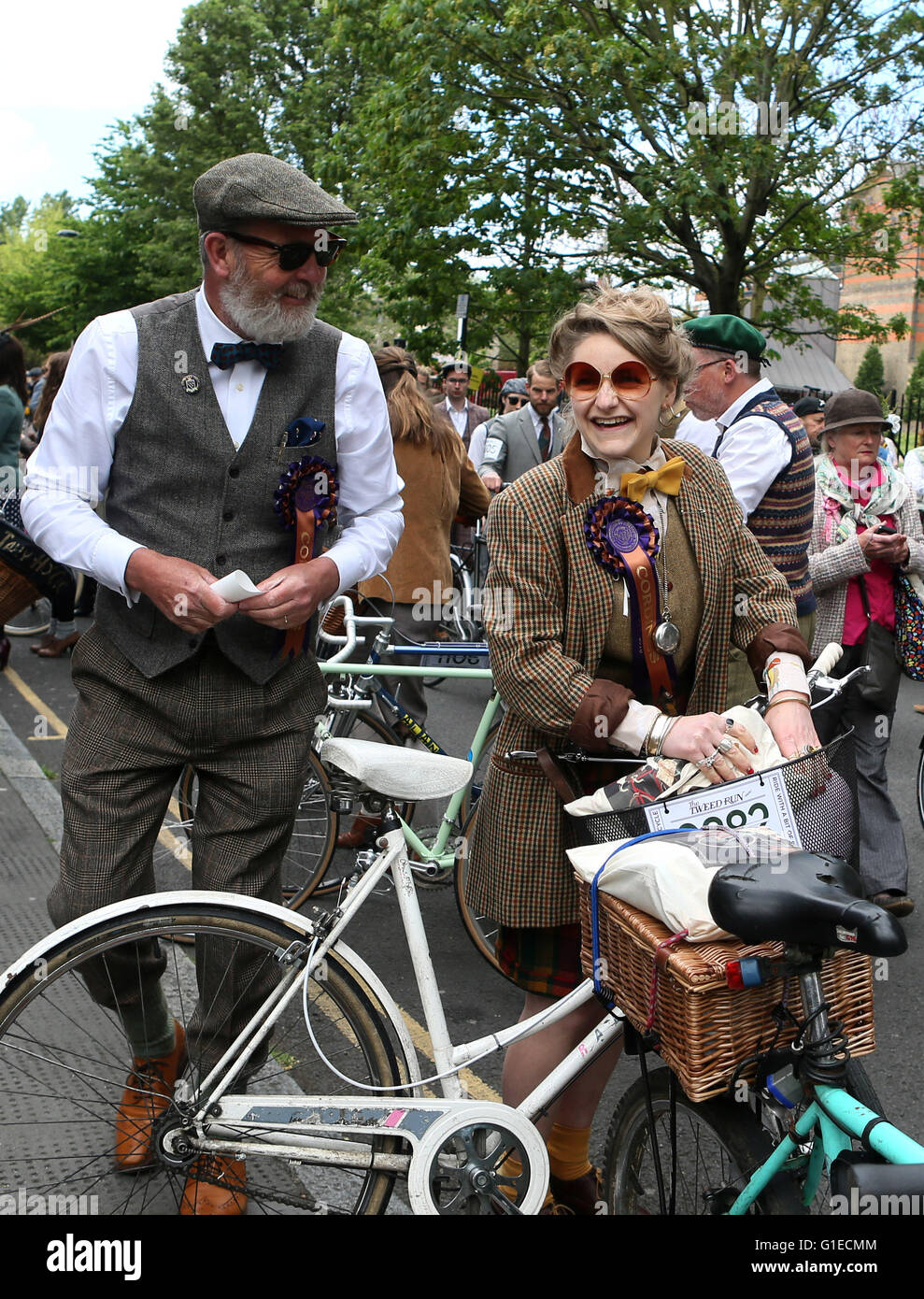 London, UK. 14th May, 2016. Participants are seen ahead of the annual Tweed Run in London, Britain on May 14, 2016. Stock Photo