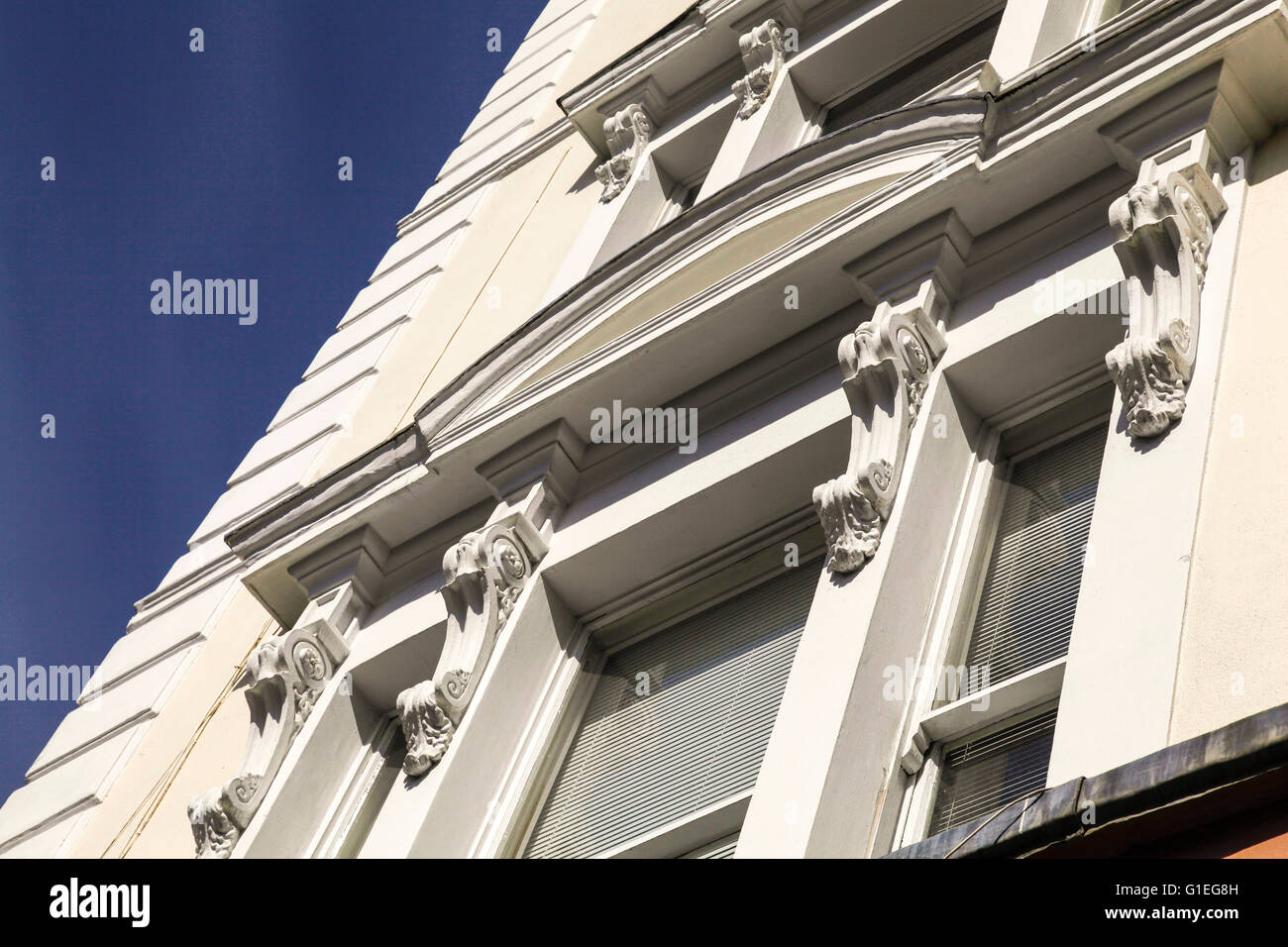 Belsize Lane, Hampstead. Angled view of the exterior of apartment building. - Stock Image