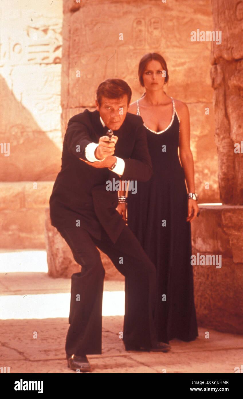 James Bond : Der Spion, der mich liebte / Roger Moore / Barbara Bach / Spy Who Loved Me, The, - Stock Image