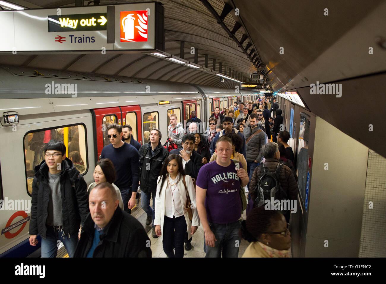 Rush Hour at Waterloo Tube Station on the London Underground, London, UK - Stock Image