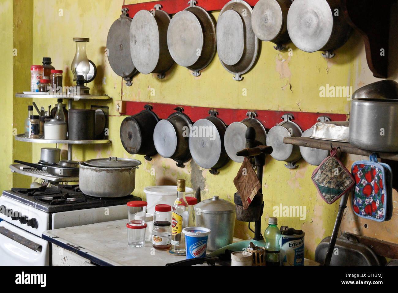 Kitchen of old mansion in Vedado neighborhood, Havana, Cuba - Stock Image