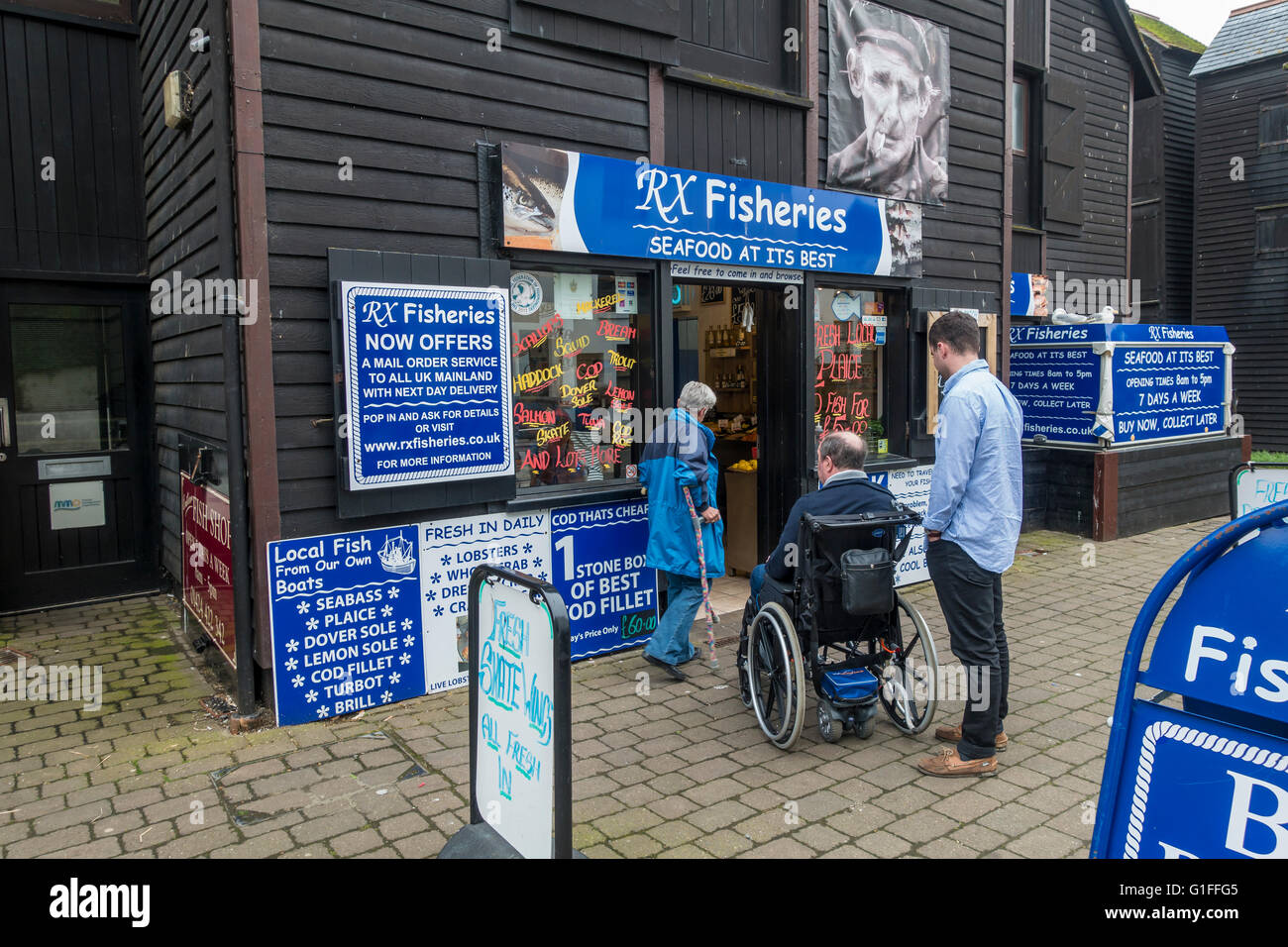 Fresh Fish Shop Hastings RX Fisheries East Sussex - Stock Image