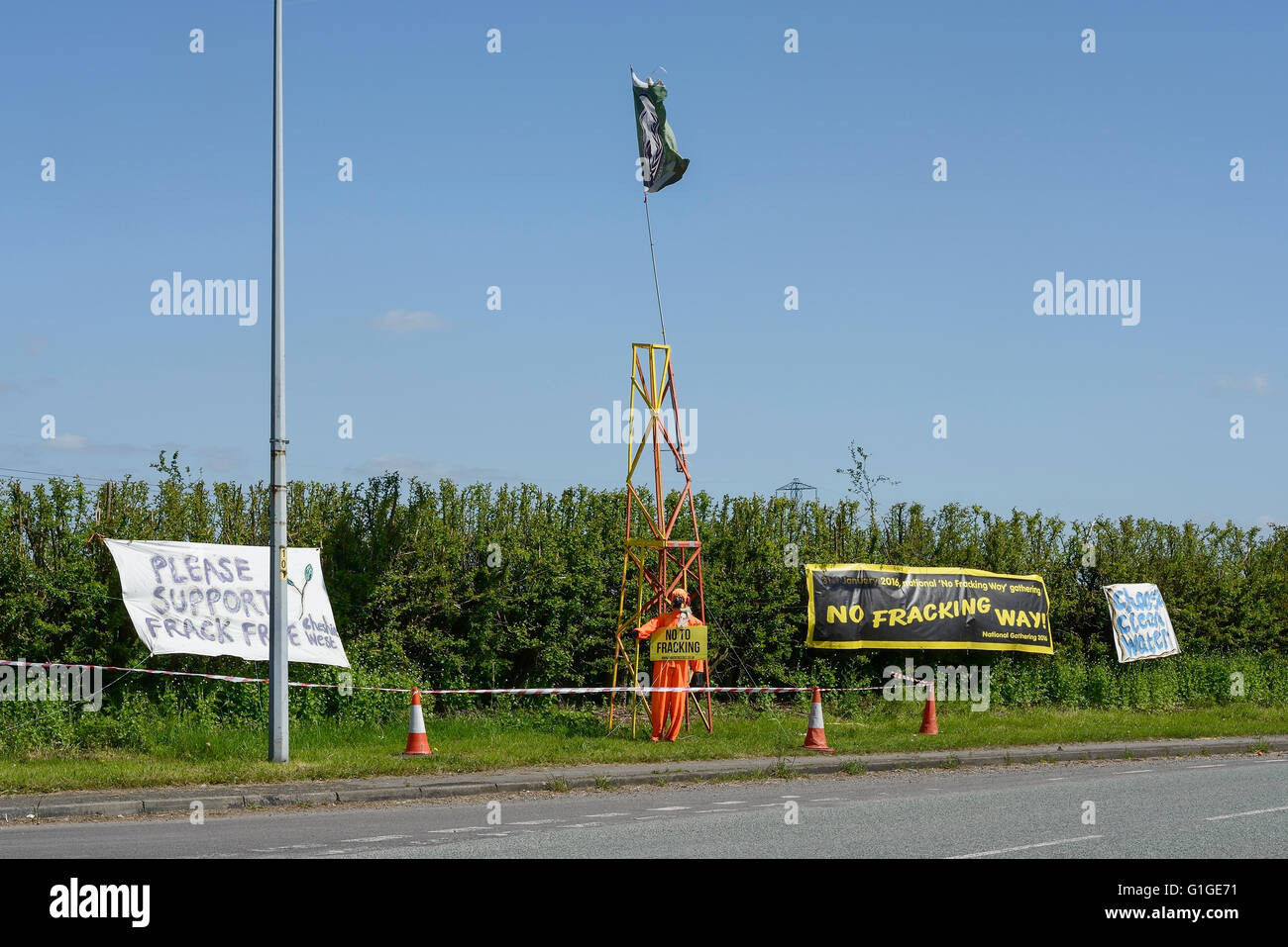 Banners protesting about fracking in Cheshire UK - Stock Image