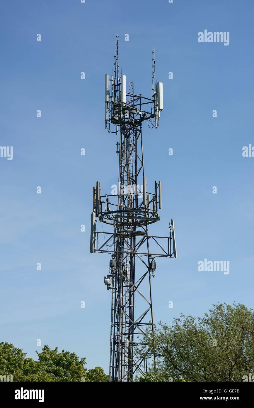 Mobile phone communication mast - Stock Image