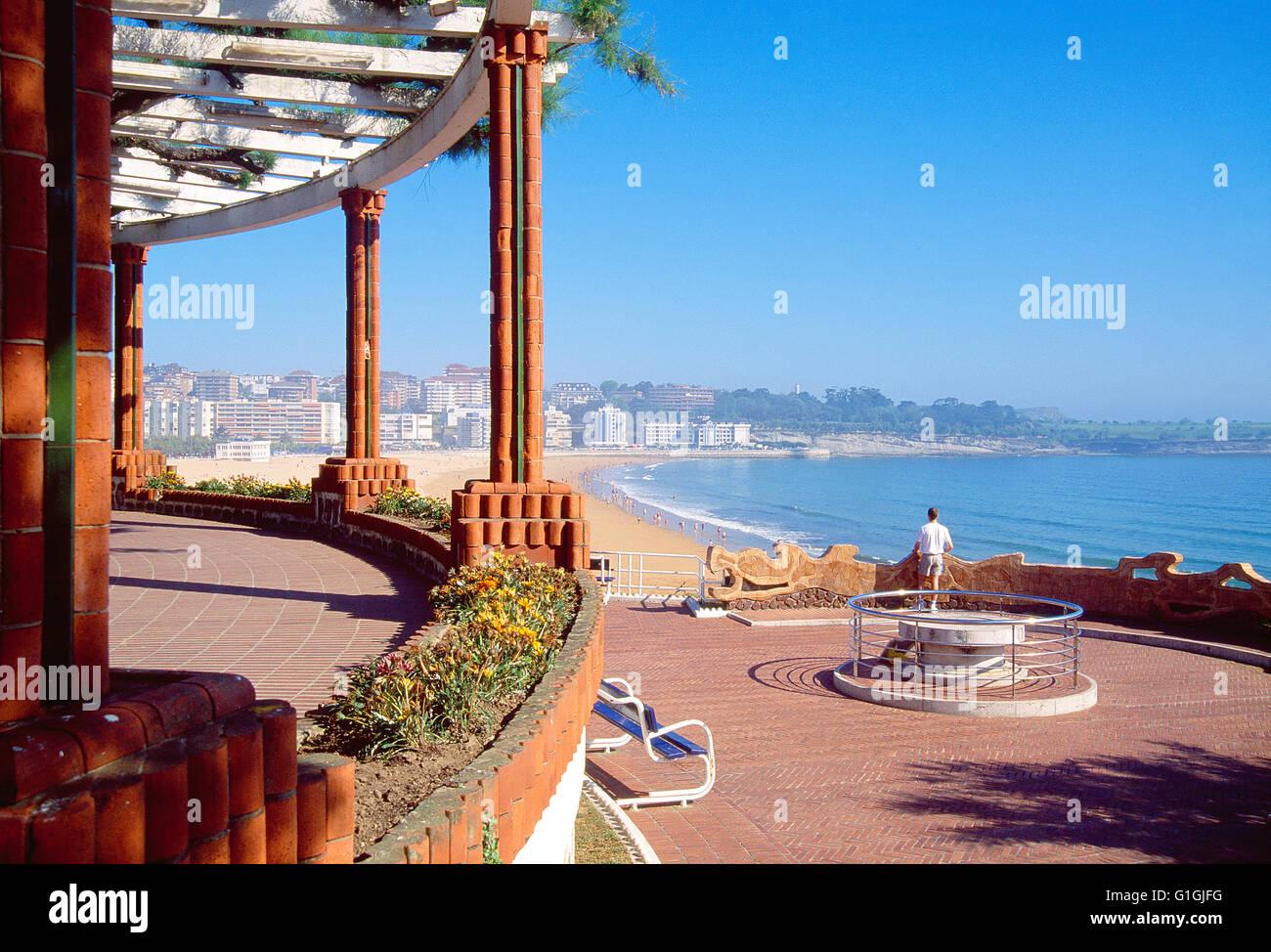 Viewpoint in Piquio gardens. El Sardinero, Santander, Spain. - Stock Image