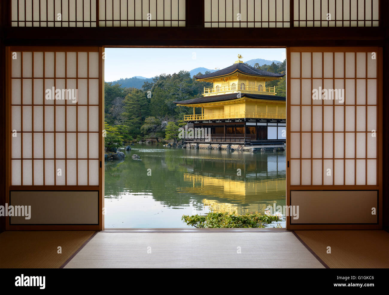 Etonnant View Of A Beautiful Japanese Golden Temple And Pond Garden Seen Through  Open Rice Paper Doors