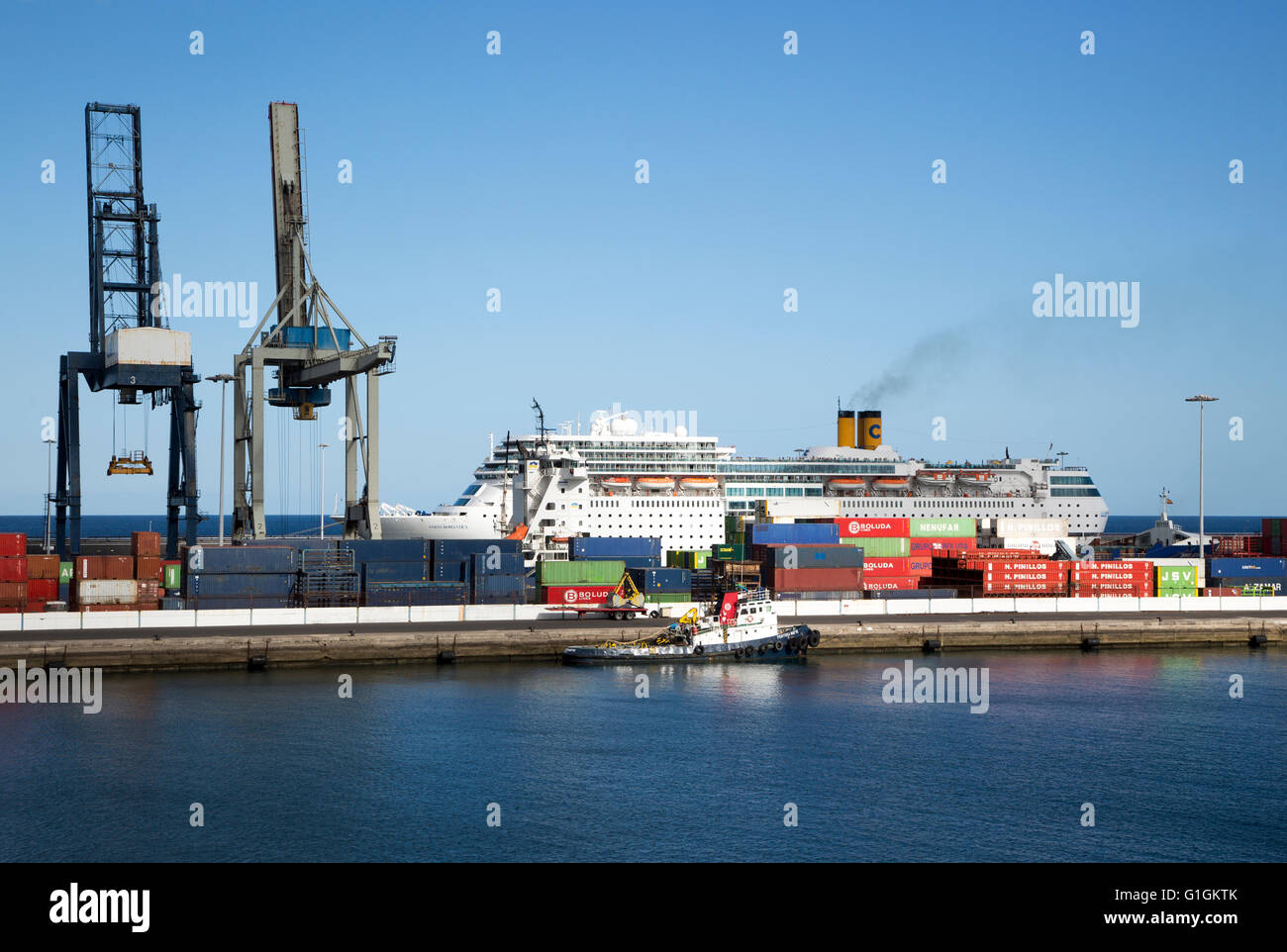 Cruise ship and cranes in port area of Arrecife, Lanzarote, Canary Islands, Spain - Stock Image