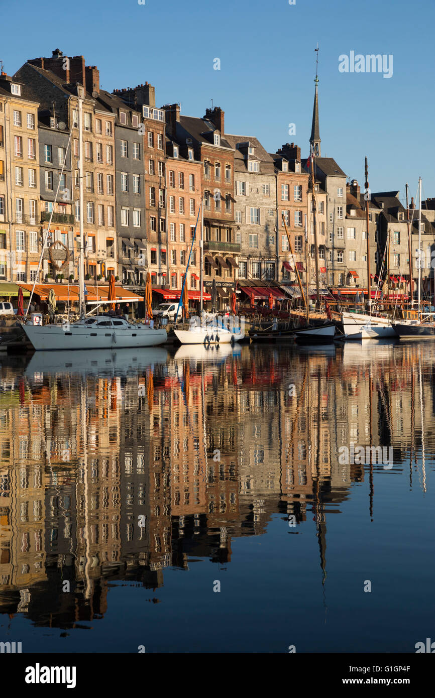 Saint Catherine Quay in the Vieux Bassin, Honfleur, Normandy, France, Europe - Stock Image