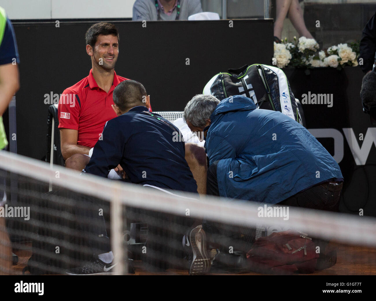 Rome, Italy. 14th May, 2016. Novak Djokovic receives medical attention on his ankle, Foro Italico, Roma, Italy, - Stock Image