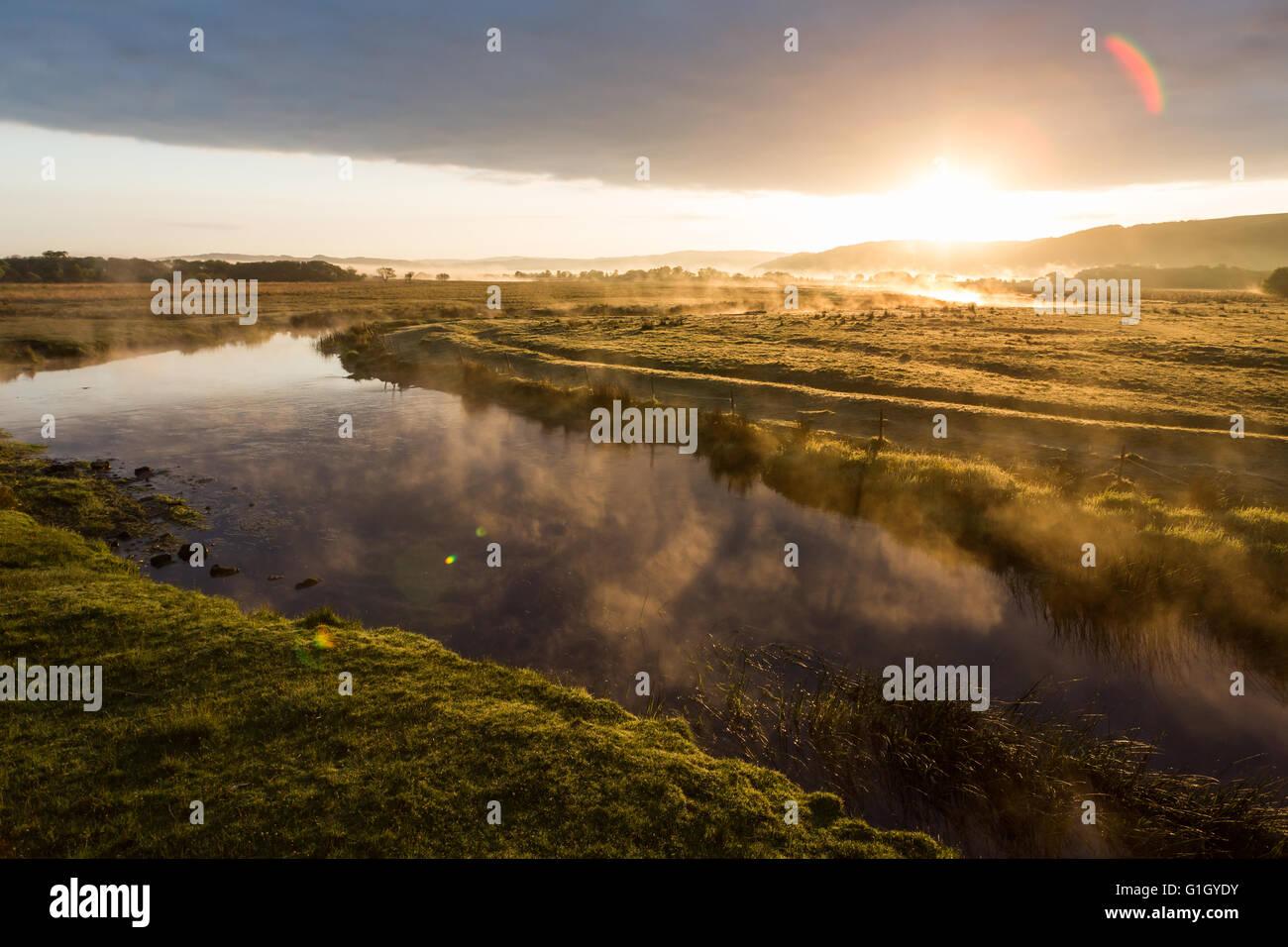 Near Tregaron, Ceredigion, Wales, UK 15th May 2016. UK Weather: Looking towards Cors Caron National Nature Reserve, - Stock Image