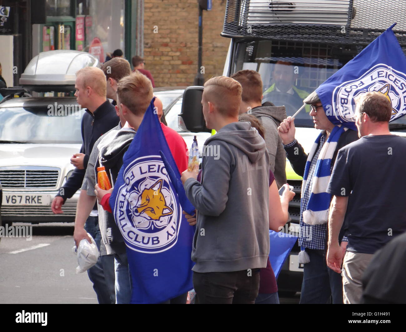London, UK. 15th May, 2016. Football fans of the UK Premiere League Champions FC Leicester City - Stock Image