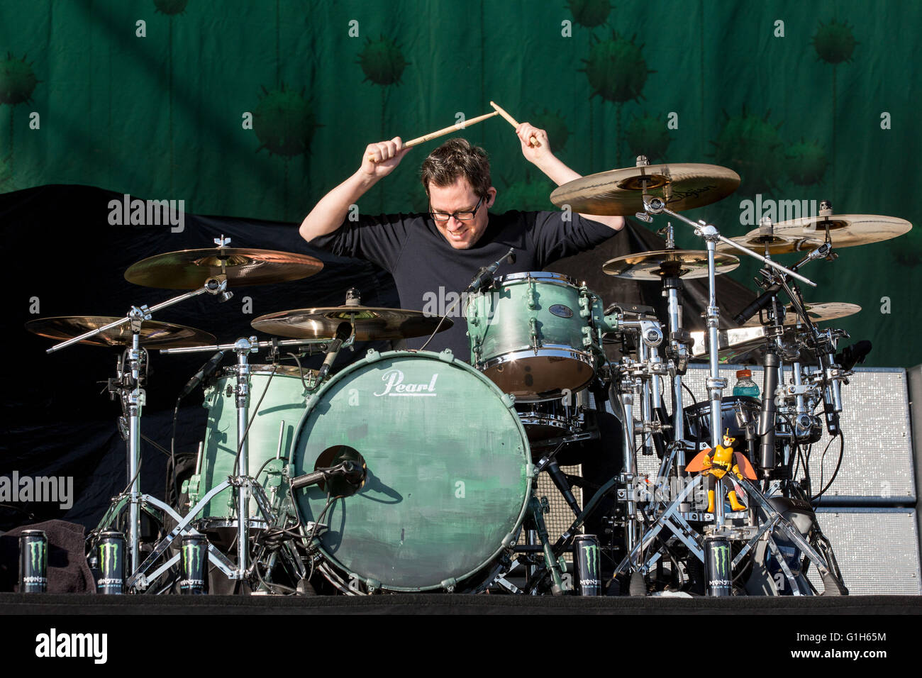 Somerset wisconsin usa 14th may 2016 drummer sam loeffler of stock photo 104254912 alamy - Chevelle band pics ...