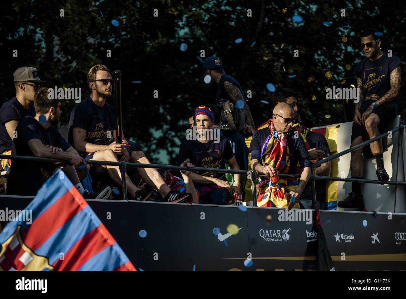 Barcelona, Catalonia, Spain. 15th May, 2016. FC Barcelona's players and technical staff during the FC Barcelona's - Stock Image
