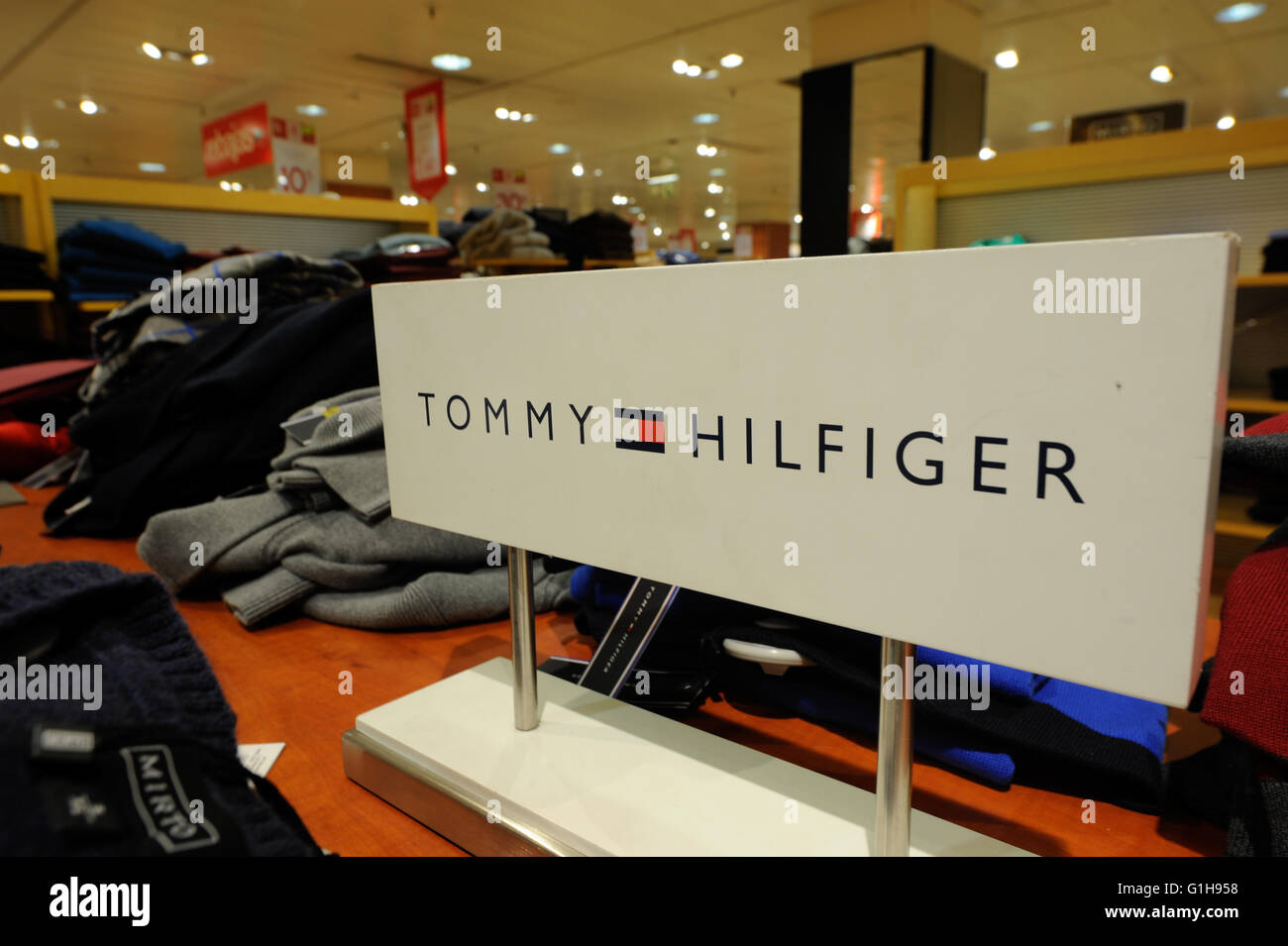 0abccc03 Tommy Hilfiger Clothes Stock Photos & Tommy Hilfiger Clothes Stock ...