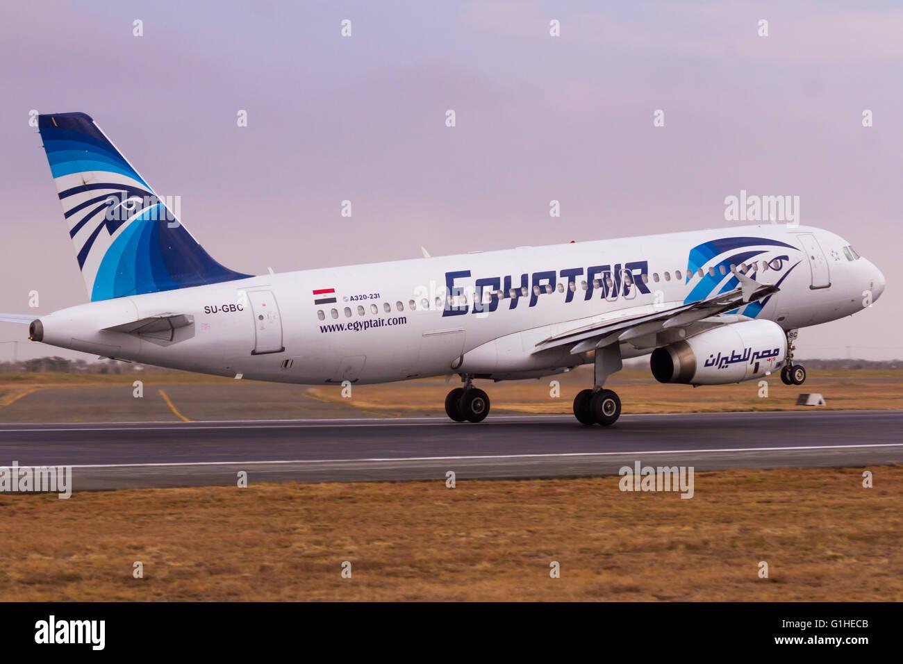 Jomo kenyatta international airport stock photos jomo kenyatta international airport stock - Egyptair airport office number ...