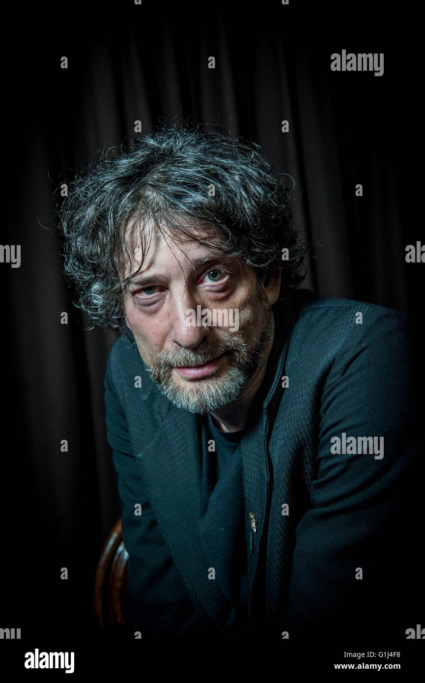 Neil Gaiman  Two globally acclaimed writers Ð admirers of each otherÕs work Ð met on stage for the - Stock Image