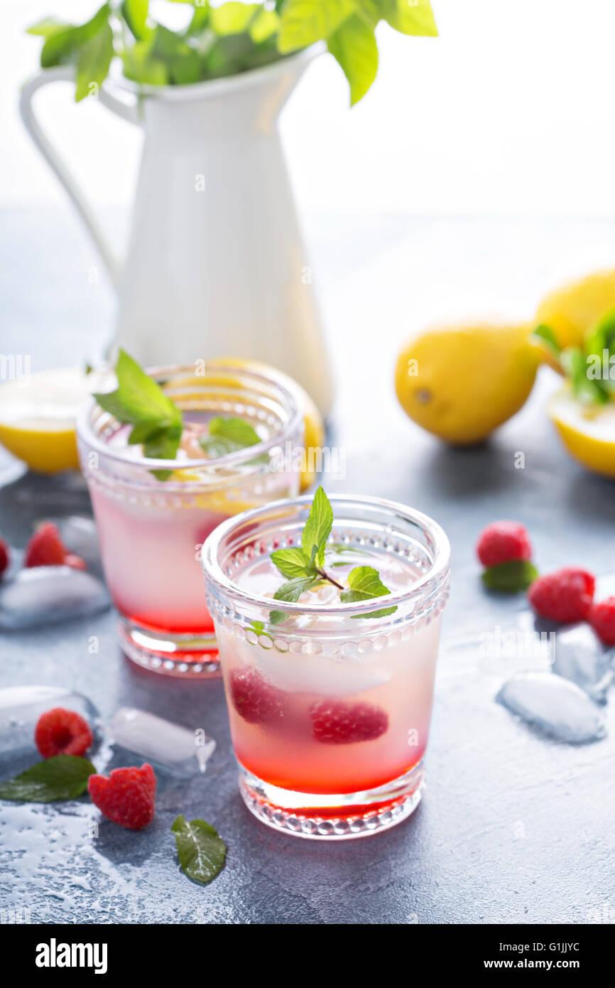Raspberry lemon lemonade for summer days - Stock Image